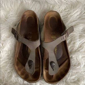 Women's Birkenstock Sandals sz 39 Gizeh in Stone